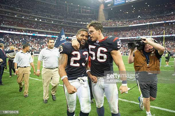 AFC Playoffs Houston Texans Arian Foster victorious with Brian Cushing after game vs Cincinnati Bengals at Reliant Stadium Houston TX CREDIT John...