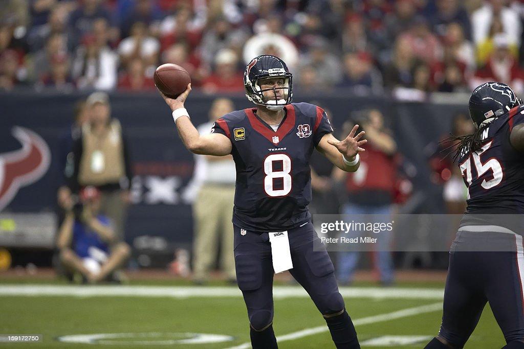 Houston Texans QB Matt Schaub (8) in action, passing vs Cincinnati Bengals at Reliant Stadium. Peter Read Miller F1577 )