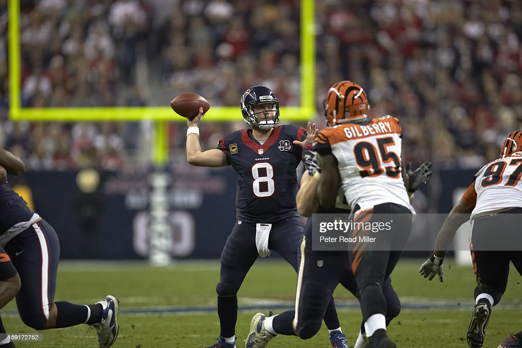 Houston Texans QB Matt Schaub (8) in action, passing vs Cincinnati Bengals at Reliant Stadium. Peter Read Miller F1707 )