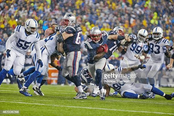 AFC Playoffs New England Patriots LeGarrette Blount in action rushing for his second touchdown as teammate Dan Connolly blocks vs Indianapolis Colts...