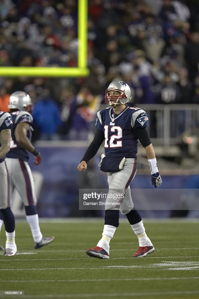 New England Patriots QB Tom Brady (12) during game vs Baltimore Ravens at Gillette Stadium. Damian Strohmeyer F54 )