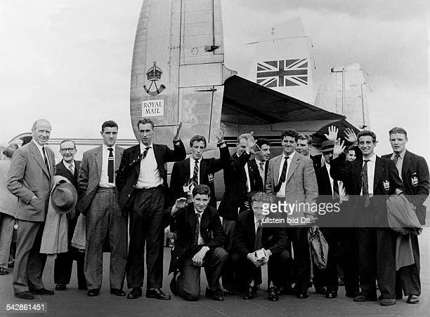 Football arrival of the Manchester United football team in Berlin team shot in front of an aircraft of the 'Royal Mail' at Tempelhof Airport Berlin...