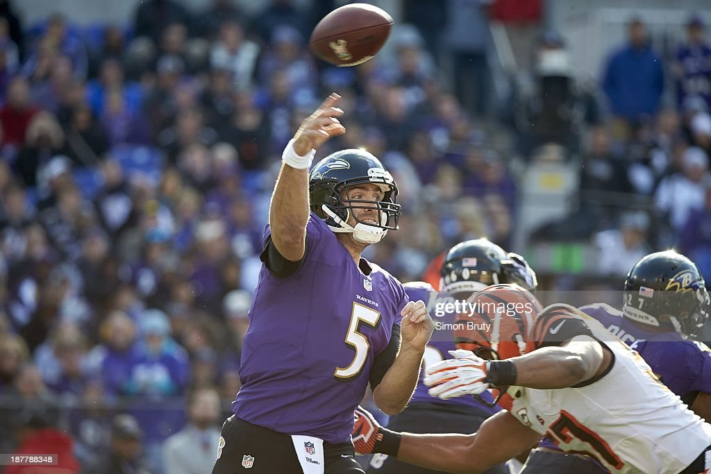 Baltimore Ravens QB Joe Flacco (5) in action, making pass vs Cincinnati Bengals at M&T Bank Stadium. Simon Bruty F402 )
