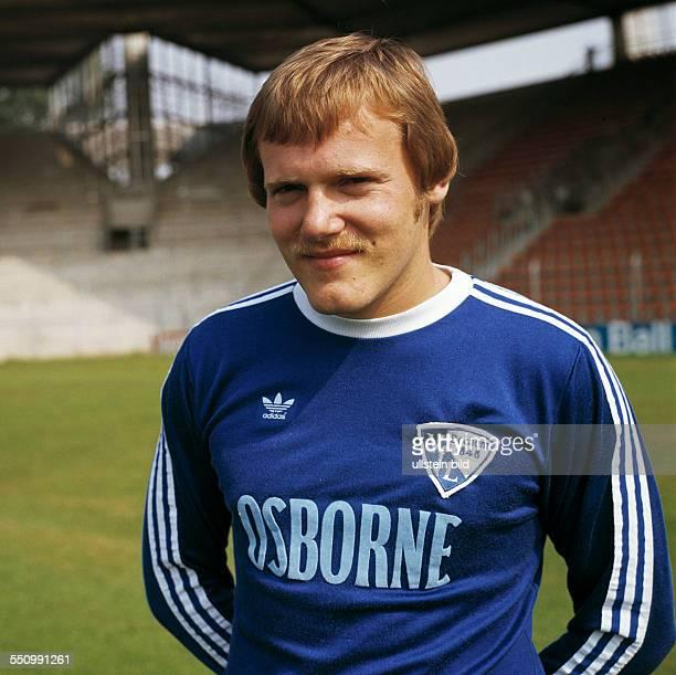 football Bundesliga 1977/1978 VfL Bochum team presentation portrait Hermann Gerland