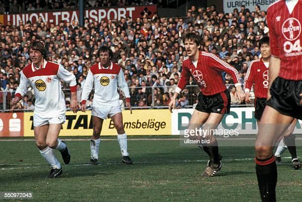 football Bundesliga 1983/1984 Ulrich Haberland Stadium Bayer 04 Leverkusen versus Fortuna Duesseldorf 20 scene of the match fltr Ruediger Wenzel...