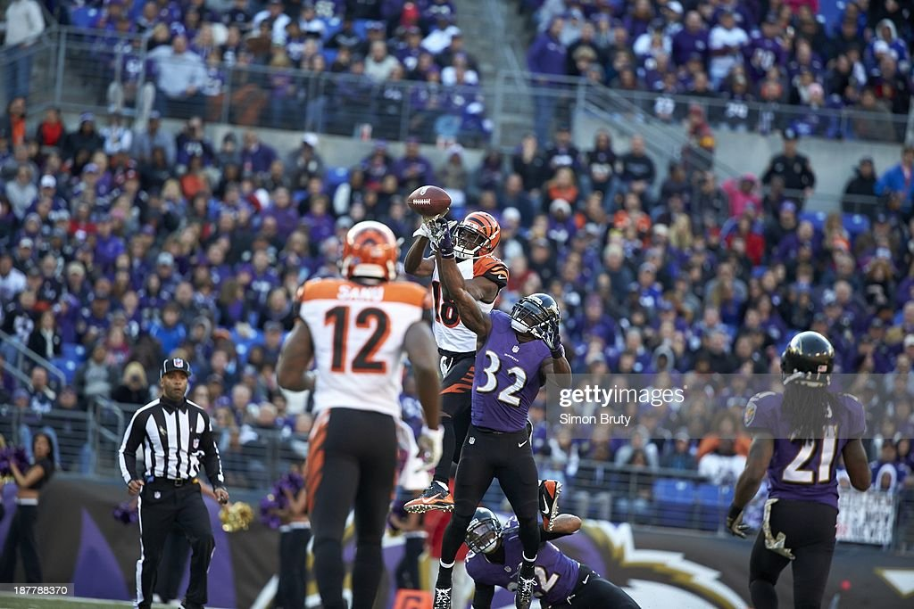 Cincinnati Bengals A.J. Green (18) in action, making catch vs Baltimore Ravens at M&T Bank Stadium. Simon Bruty F218 )