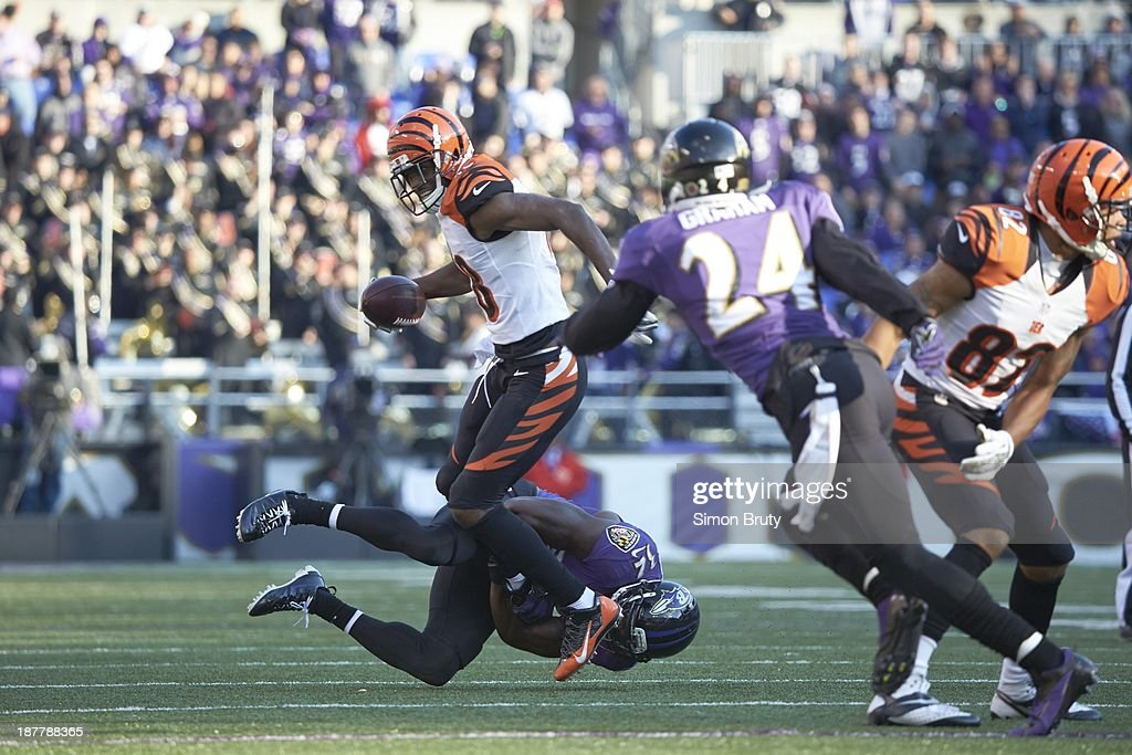 Cincinnati Bengals A.J. Green (18) in action vs Baltimore Ravens James Ihedigbo (32) at M&T Bank Stadium. Simon Bruty F32 )