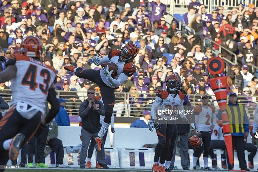 Cincinnati Bengals Terence Newman (23) in action, making catch vs Baltimore Ravens at M&T Bank Stadium. Simon Bruty F383 )