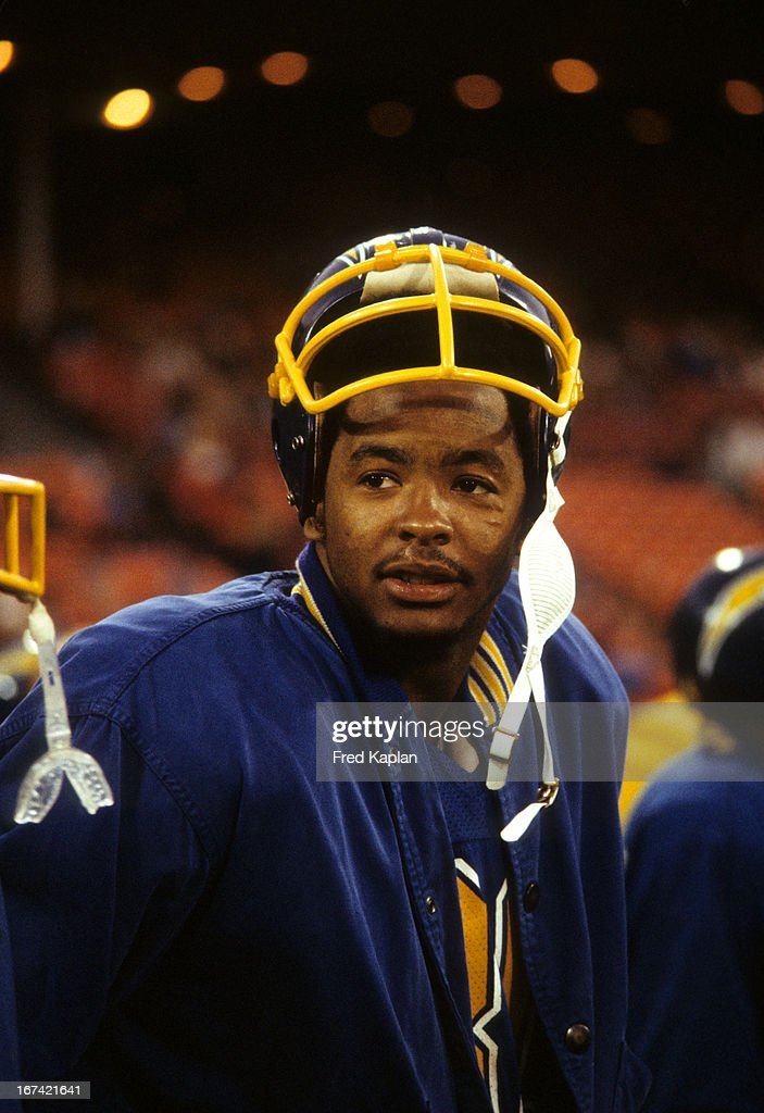 Closeup of San Diego Chargers Kellen Winslow (80) during preseason game vs San Francisco 49ers at Candlestick Park. Fred Kaplan F20 )