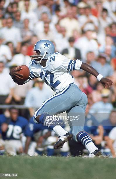Football Dallas Cowboys Bob Hayes in action vs New York Giants Dallas TX 9/18/1966