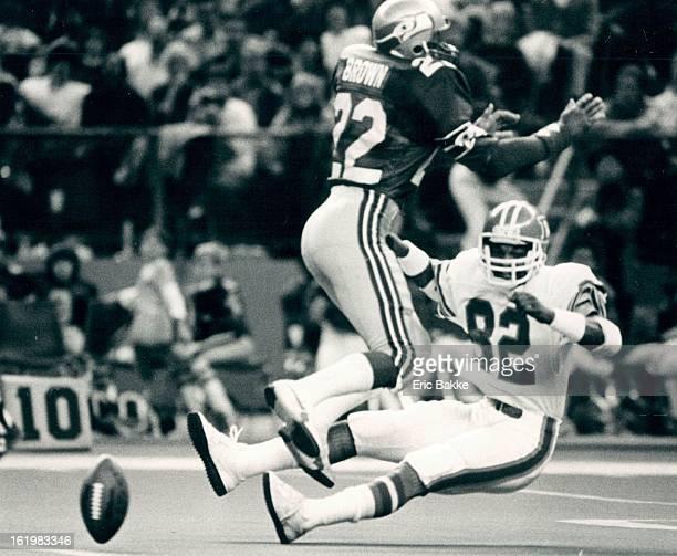 NOV 6 1983 NOV 7 1983 Football Denver Broncos