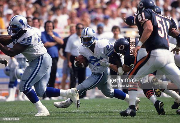Detroit Lions Barry Sanders in action rushing vs Chicago Bears Trace Armstrong at Soldier Field Chicago IL CREDIT Peter Read Miller