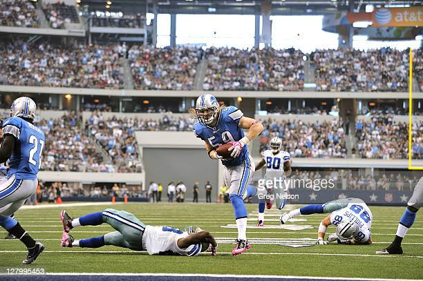 Detroit Lions Bobby Carpenter in action returning interception for touchdown vs Dallas Cowboys at Cowboys Stadium Arlington TX CREDIT Greg Nelson