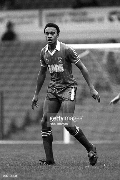 Football Division Two 6th November 1982 Leeds United 1 v Charlton Athletic 2 Charlton's Paul Elliott