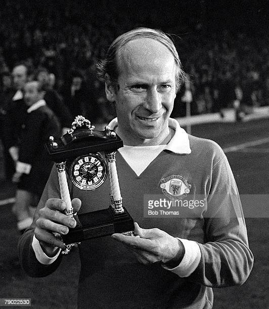Football England League Division One 18th April 1973 Leeds United 0 v Manchester United 1 Manchester United's Bobby Charlton holds a carriage clock...