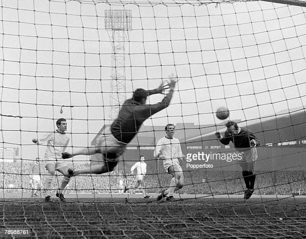 Football English League Division 1 Old Trafford Manchester Manchester United v Arsenal Manchester United's Nobby Stiles heads the ball towards the...