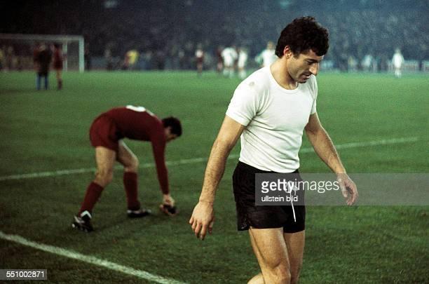 football European Champion Clubs Cup Champions League 1976/1977 last sixteen return leg Rheinstadion Duesseldorf Borussia Moenchengladbach versus...