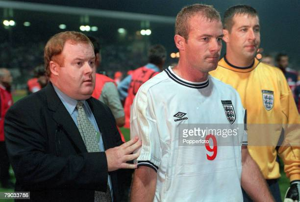 Football European Championships 2000 Qualifier Warsaw 8th September Poland 0 v England 0 England captain Alan Shearer looks dejected as he is...