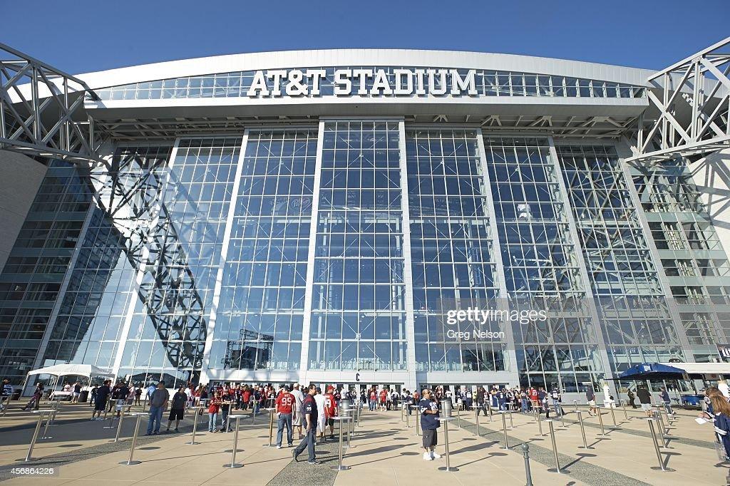 Exterior view of ATT Stadium before Dallas Cowboys vs Houston Texans game Arlington TX CREDIT Greg Nelson