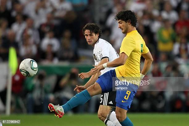 Christian Träsch Traesch Deutschland gegen Alexandre Silva PATO Brasilien Fussball Nationalmannschaft FReundschaftsspiel Deutschland Brasilien 3 2...