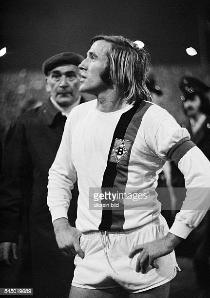 Football Germany European Cup 1971/1972 eighth final first leg Borussia Moenchengladbach versus Inter Mailand 71 Boekelberg Stadium in...