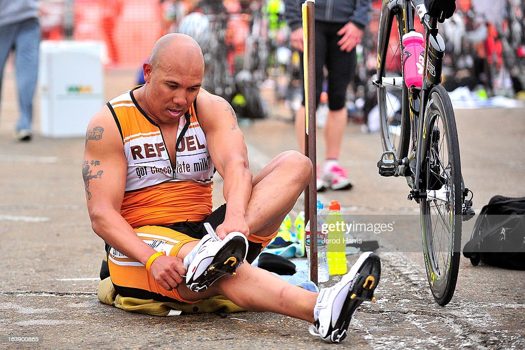 Football Legend <a gi-track='captionPersonalityLinkClicked' href=/galleries/search?phrase=Hines+Ward&family=editorial&specificpeople=202597 ng-click='$event.stopPropagation()'>Hines Ward</a> tackles his first ever triathlon with REFUEL | 'Got Chocolate Milk?' on March 17, 2013 in San Diego, California.