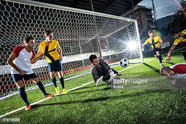 match de Football au stadium: Header objectif