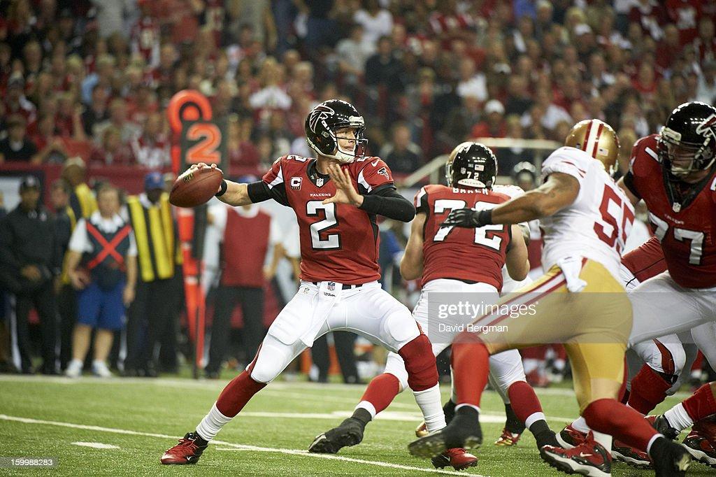 Atlanta Falcons QB Matt Ryan (2) in action vs San Francisco 49ers at Georgia Dome. David Bergman F34 )