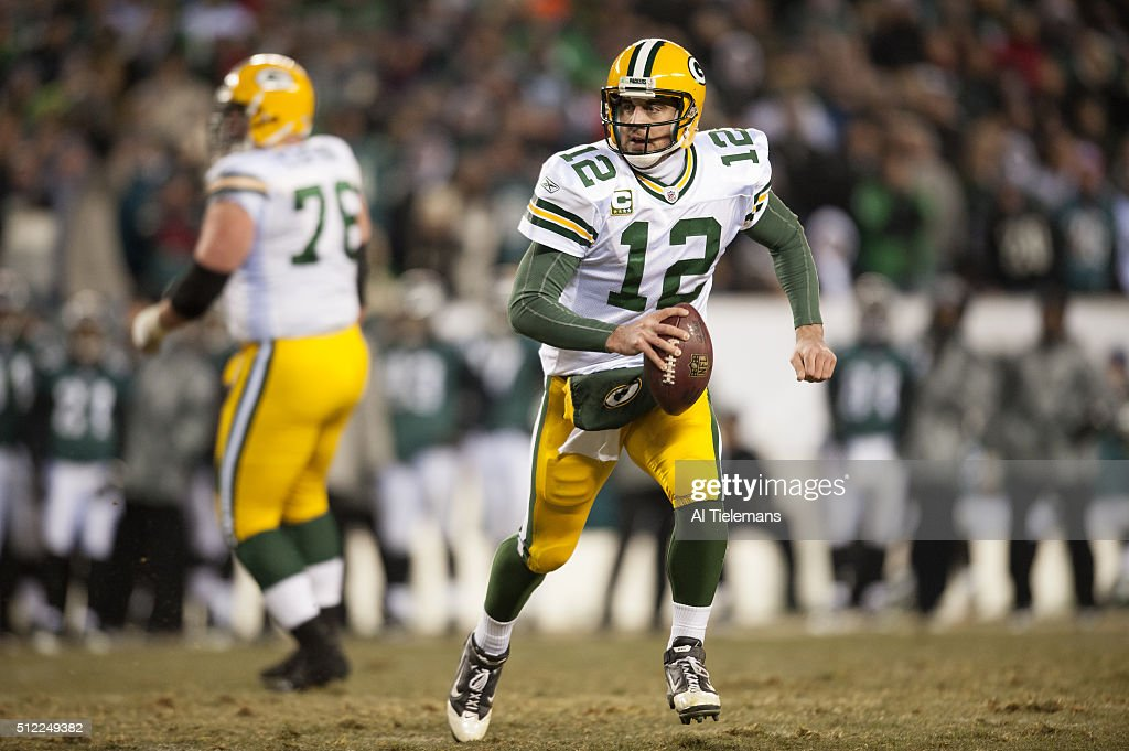 aaron rodgers american football quarterback getty images. Black Bedroom Furniture Sets. Home Design Ideas