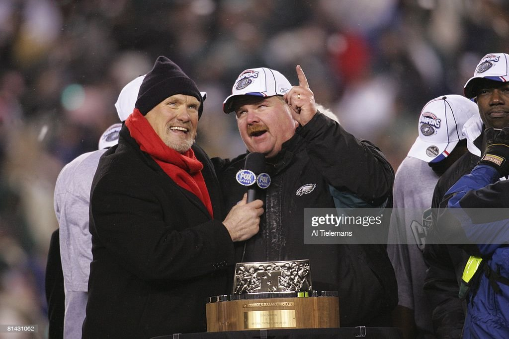 andy reid eagles. nfc playoffs, philadelphia eagles coach andy reid victorious with fox media announcer terry bradshaw and
