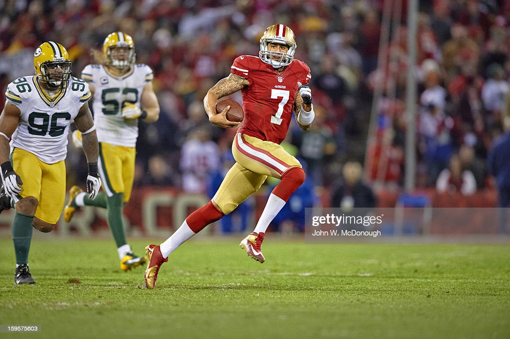San Francisco 49ers QB Colin Kaepernick (7) in action, running for a touchdown vs Green Bay Packers at Candlestick Park. Cover. John W. McDonough F73 )