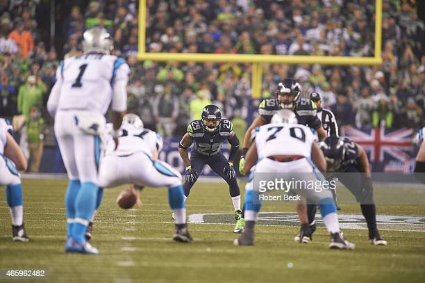 NFC Playoffs Seattle Seahawks Earl Thomas at line of scrimmage during game vs Carolina Panthers at CenturyLink Field Seattle WA CREDIT Robert Beck