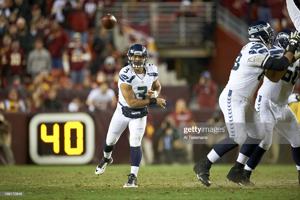 Seattle Seahawks QB Russell Wilson (3) in action, making pass vs Washington Redskins at FedEx Field. Al Tielemans F246 )
