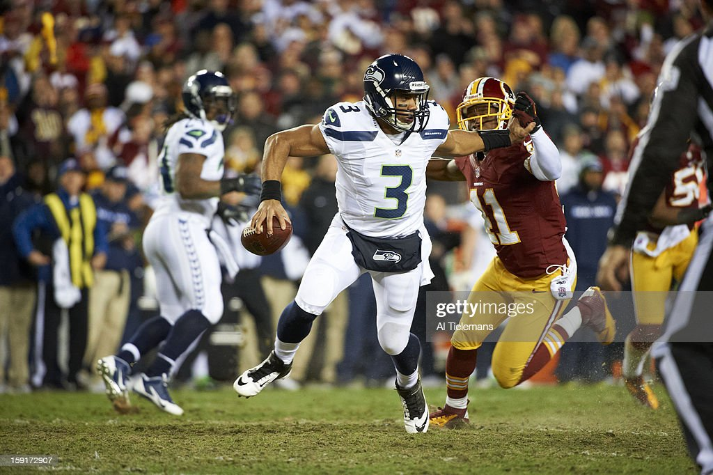 Seattle Seahawks QB Russell Wilson (3) in action vs Washington Redskins at FedEx Field. Al Tielemans F35 )