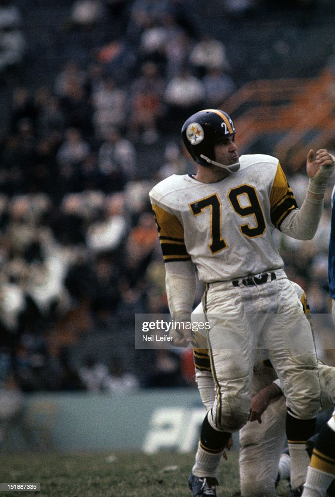 """low priced 9e6b3 6abce """"In 1962, the Pittsburgh Steelers instructed equipment manager Jack Hart to  remove the players' individual jersey numbers from each side of the  yellow-gold ..."""