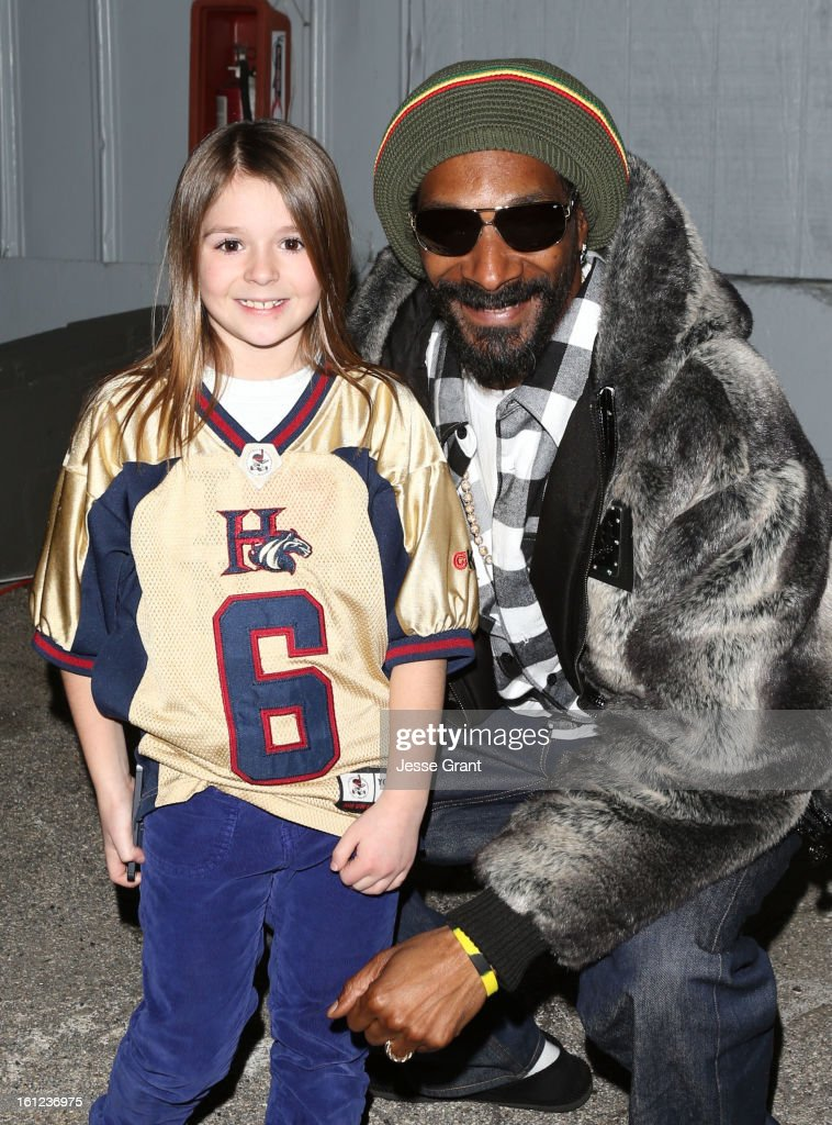 Football phenom Sam Gordon and recording artist <a gi-track='captionPersonalityLinkClicked' href=/galleries/search?phrase=Snoop+Dogg&family=editorial&specificpeople=175943 ng-click='$event.stopPropagation()'>Snoop Dogg</a> attends the Third Annual Hall of Game Awards hosted by Cartoon Network at Barker Hangar on February 9, 2013 in Santa Monica, California. 23270_004_JG_0217.JPG