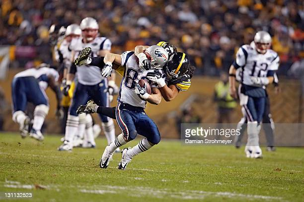 Pittsburgh Steelers Troy Polamalu in action tackle vs New England Patriots Wes Welker during 4th quarter at Heinz Field Sequence Pittsburgh PA CREDIT...