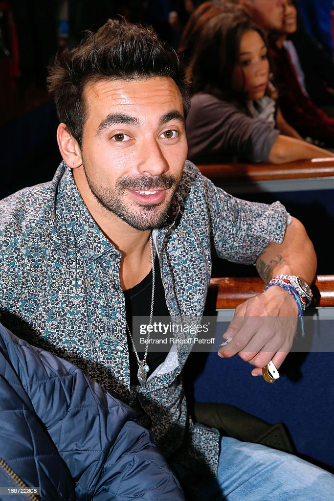 Football player <a gi-track='captionPersonalityLinkClicked' href=/galleries/search?phrase=Ezequiel+Lavezzi&family=editorial&specificpeople=5451126 ng-click='$event.stopPropagation()'>Ezequiel Lavezzi</a> attends the final of the BNP Paribas Tennis Masters - day seven, at Palais Omnisports de Bercy on November 3, 2013 in Paris, France.