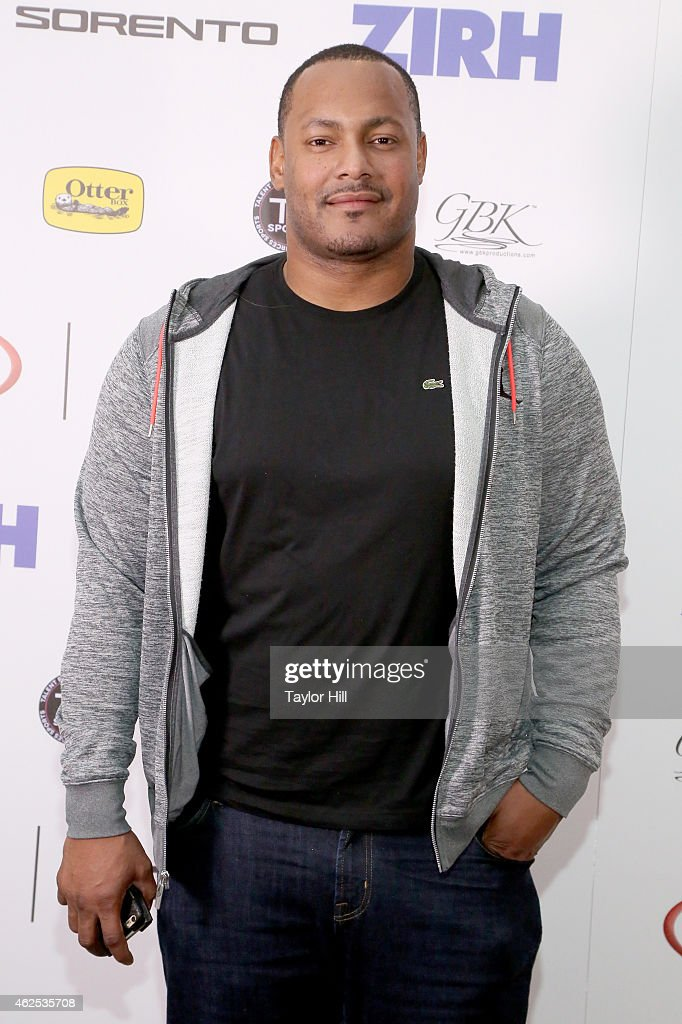 Football player Will Smith attends day one of the Kia Luxury Lounge presented by ZIRH at Scottsdale Center for Performing Arts on January 30 2015 in...