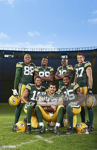 Portrait of Green Bay Packers QB Aaron Rodgers with offense Jermichael Finley Randall Cobb James Jones Donald Driver Greg Jennings and Jordy Nelson...