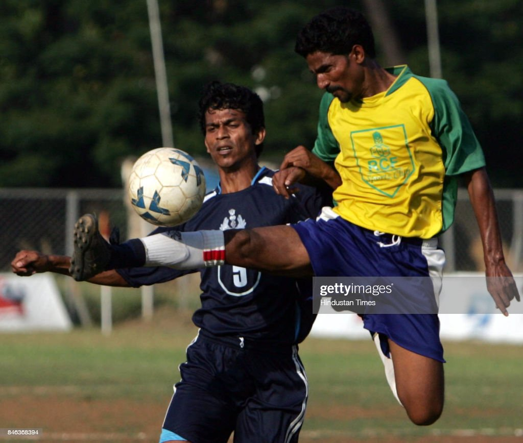 RCF midfielder Blessen Varghese (right) thwarts Mumbai Customs' Vikas Waghela during their Elite Division match at the Cooperage on Monday.