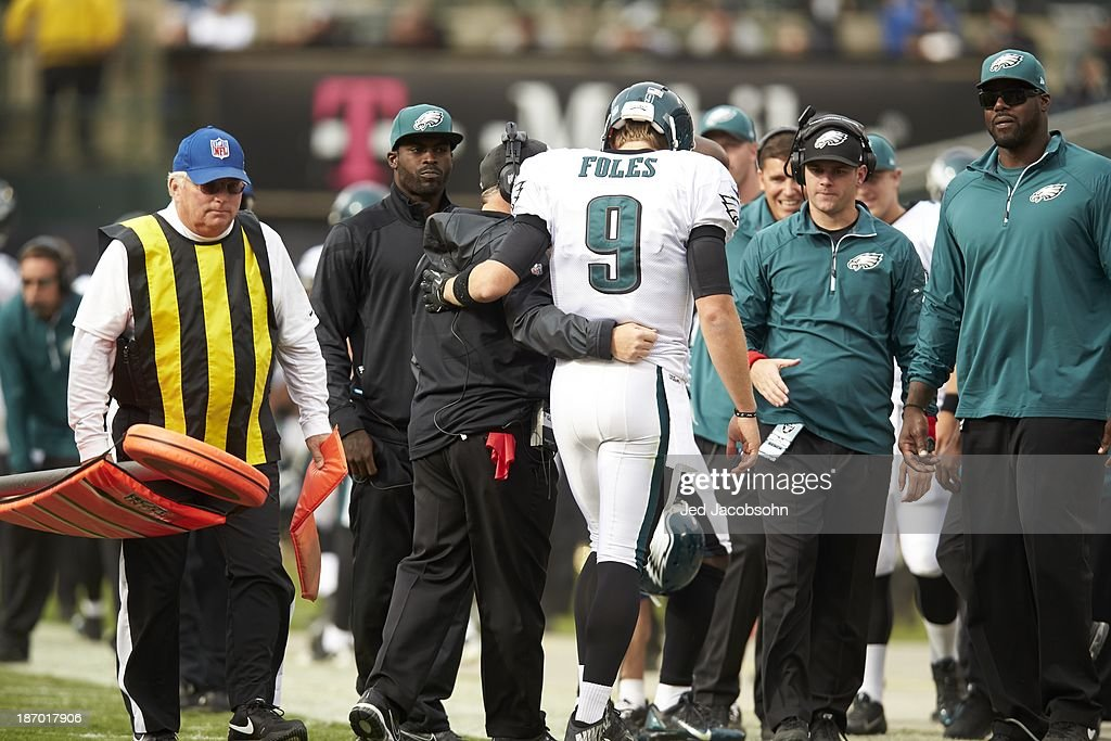 Rear view of Philadelphia Eagles QB Nick Foles (9) on sidelines with injury during game vs Oakland Raiders at O.co Coliseum. Jed Jacobsohn F464 )