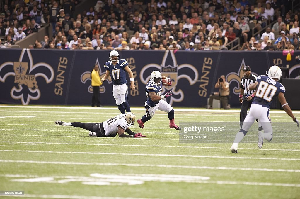 San Diego Chargers Ryan Mathews (24) in action, rushing vs New Orleans Saints at Mercedes-Benz Superdome. Greg Nelson F160 )