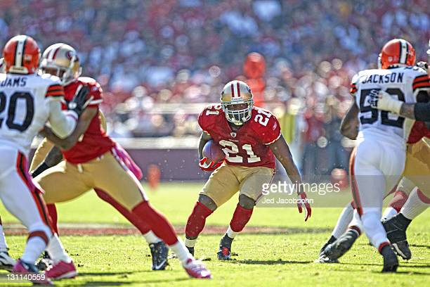 San Francisco 49ers Frank Gore in action rushing vs Cleveland Browns at Candlestick Park San Francisco CA CREDIT Jed Jacobsohn