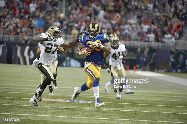 St Louis Rams Steven Jackson in action vs New Orleans Saints at Edward Jones Dome St Louis MO CREDIT David E Klutho