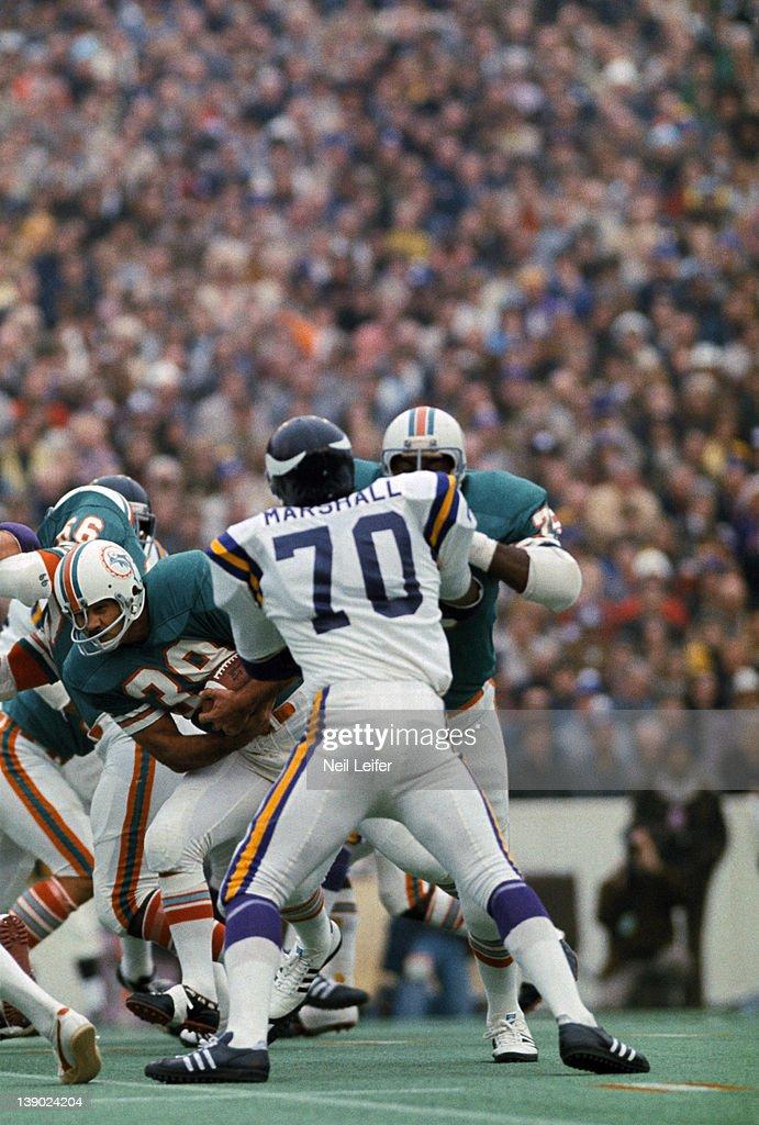 Miami Dolphins Larry C...