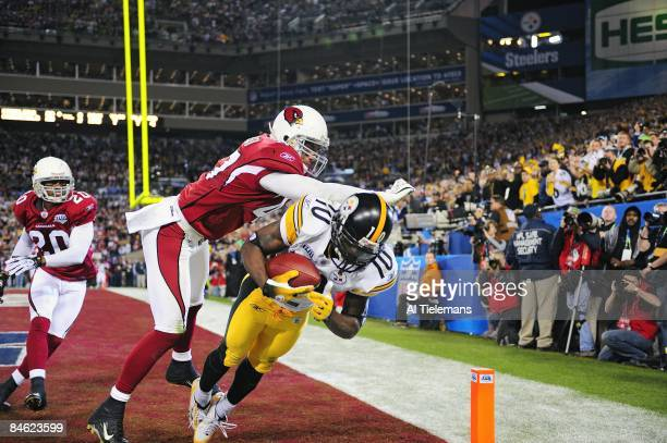 Super Bowl XLIII Pittsburgh Steelers Santonio Holmes in action making game winning catch of touchdown pass from Ben Roethlisberger vs Arizona...