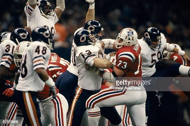 Football Super Bowl XX New England Patriots John Hannah in action vs Chicago Bears Mike Hartenstine New Orleans LA 1/26/1986