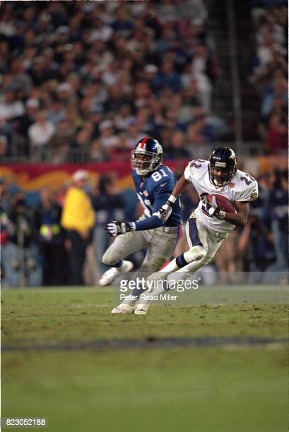 Super Bowl XXXV Baltimore Duane Starks in action returning interception for touchdown vs New York Giants at Raymond James Stadium Tampa FL CREDIT...