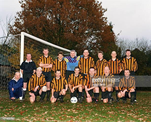 Football team, portrait